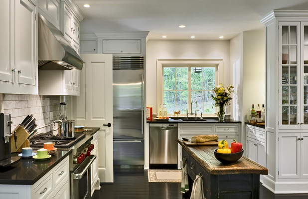 1 2a1baae0de7fd58_1662-w618-h399-b0-p0--traditional-kitchen.jpg