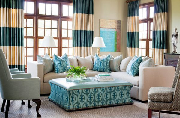 5 bold-drapes-living-room-should-have-accessories.jpg