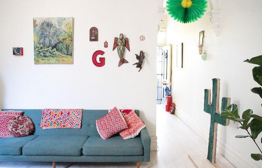 10 Cozy-living-throw-blankets.jpg