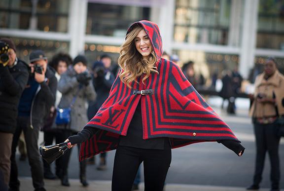 street-style-poncho-2015-fall-trend-4.jpg