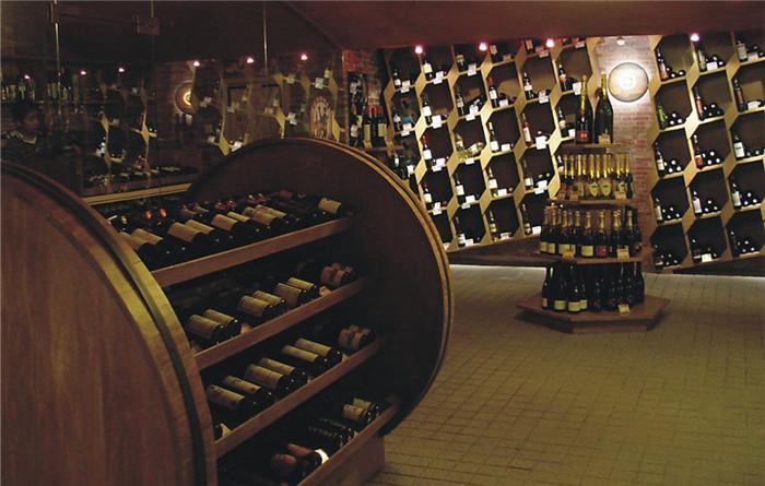 品位收藏首选 全球十大奢侈红酒