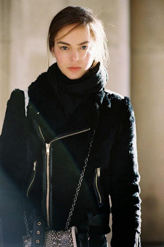 街拍:冬天穿再厚也能时尚