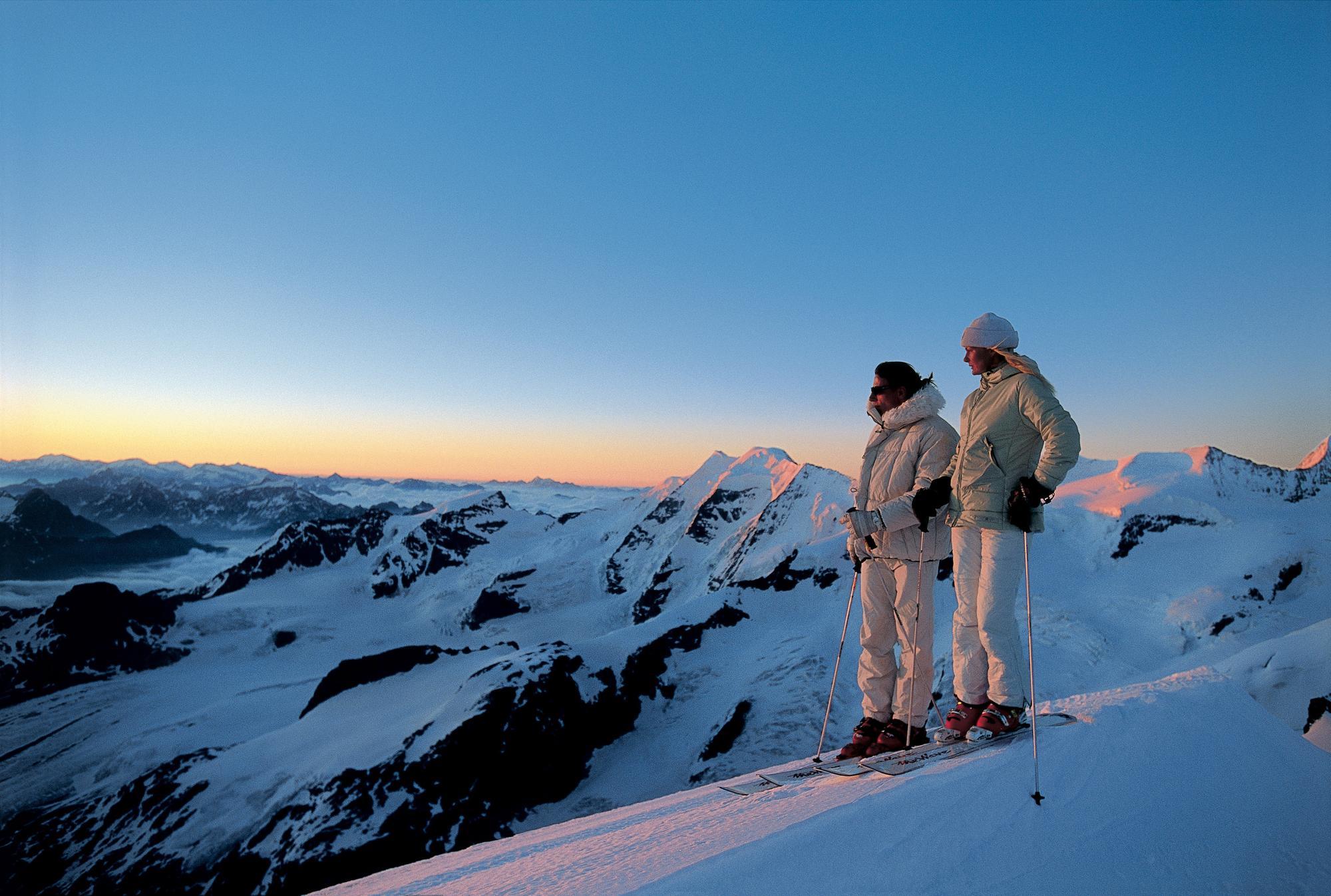 爱旅游 | 滑雪天堂之旅 从圣莫里茨到采尔马特