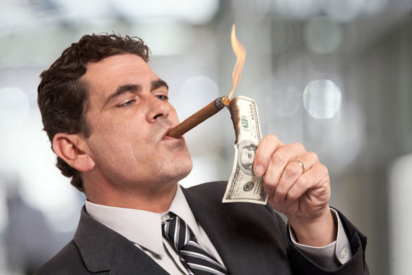 向有钱人靠拢需从小事做起