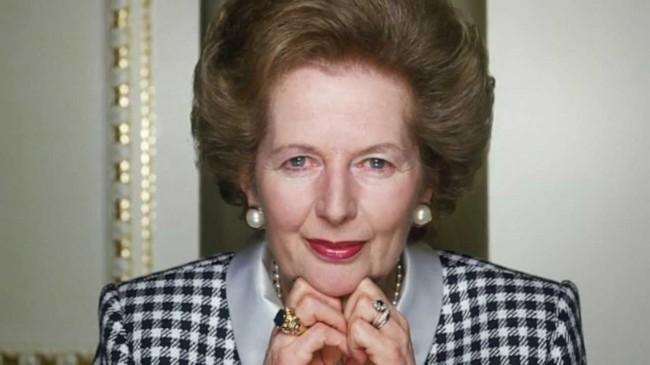 优雅的珍珠皇后撒切尔夫人