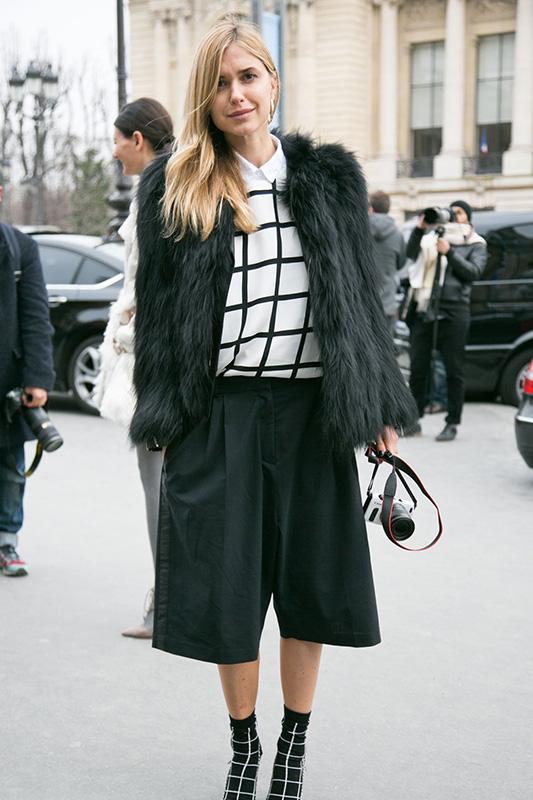 春天必须要有的单品:七分阔腿裤