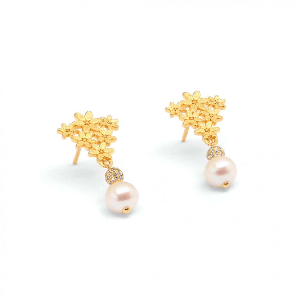 当珍珠遇上黄金 内敛的奢华之美