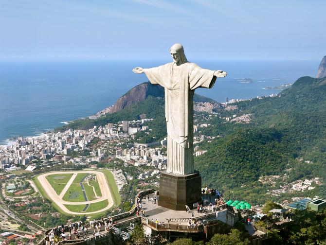 顶礼膜拜!! 世界五大巨型雕像