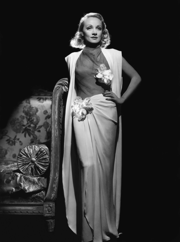 传奇女星Marlene Dietrich 雌雄同体的冷艳女王