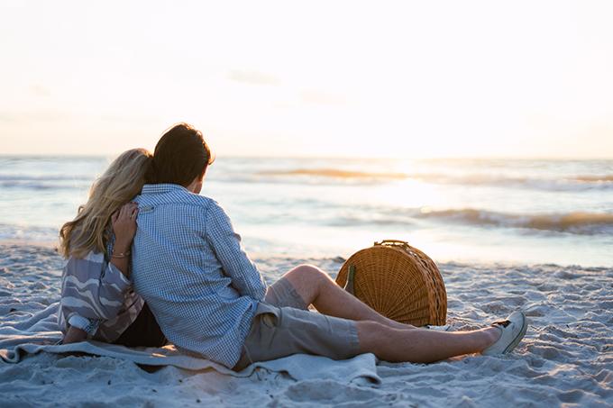 沙滩野餐 最乐活的夏夜消遣方式