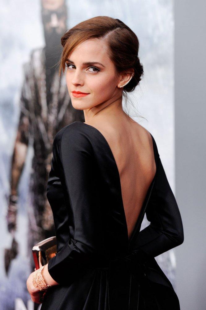 像Emma Watson一样穿衣 你也能变优雅