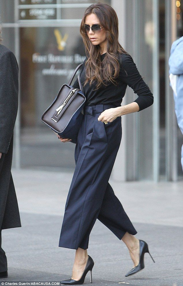 跟好莱坞女星学如何穿Power dress