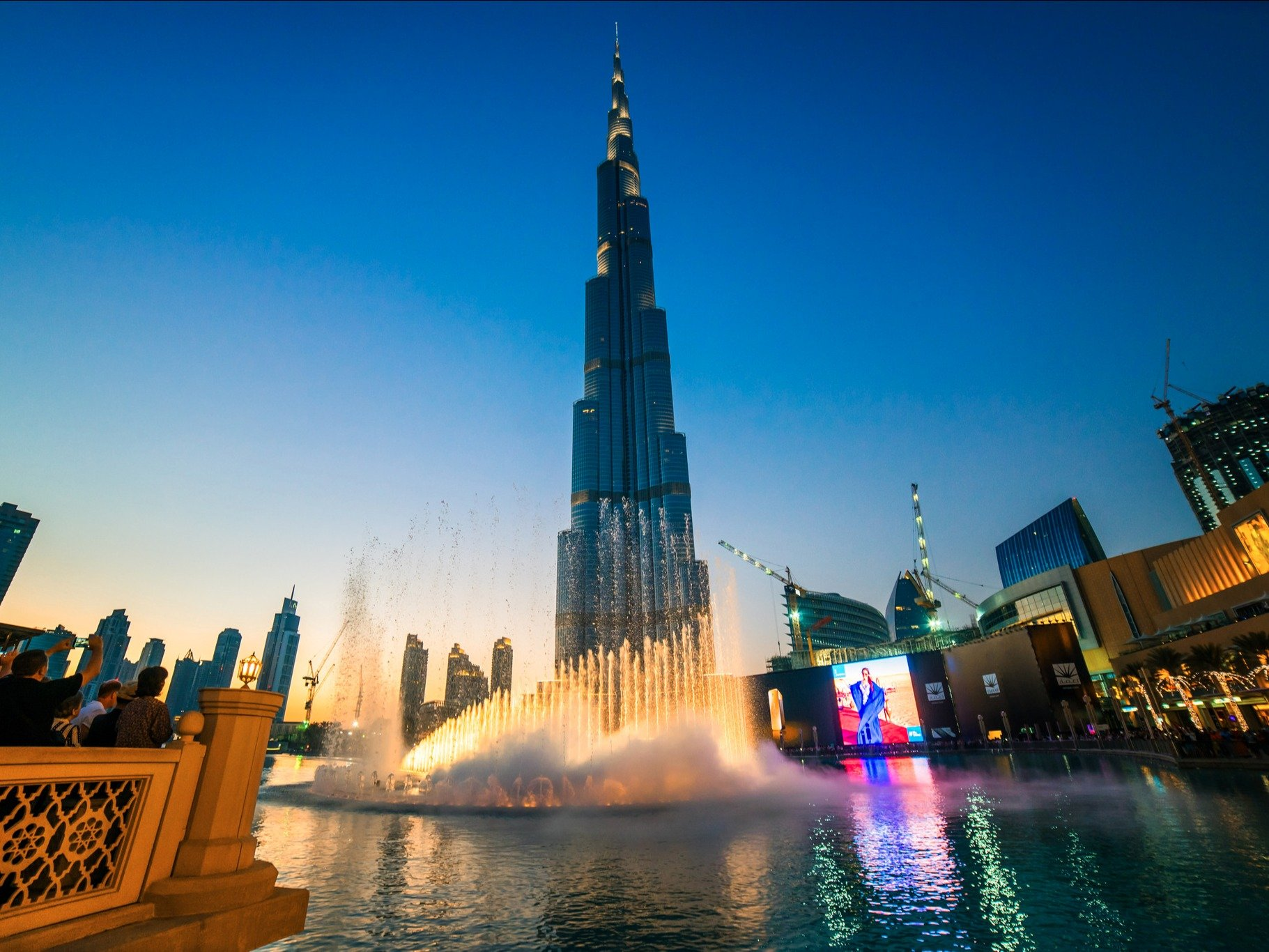 壕无止境:迪拜到底有多壕?